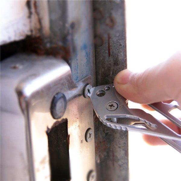 Wielofunkcyjny uchwyt do kluczy