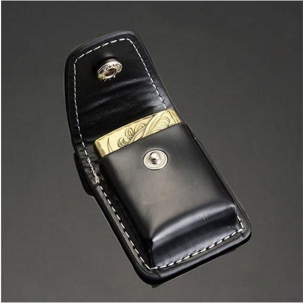 Skórzana pochewka na zapalniczkę typu zippo
