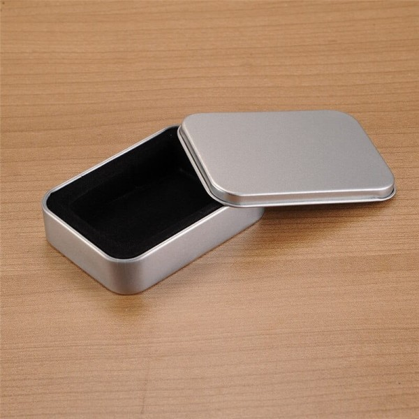 Pudełko metalowe 8 x 6 x 2 cm