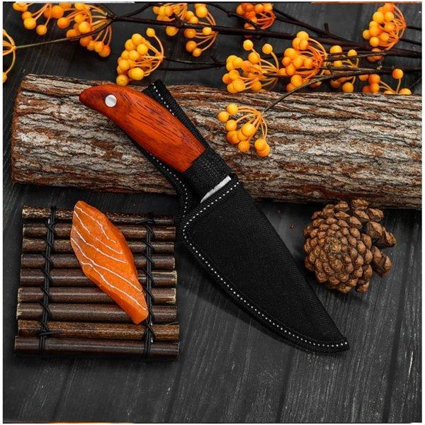 Ręcznie kuty nóż ze stali