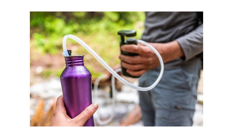 Jak bezpiecznie pić wodę z rzeki?